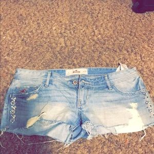 Worn once Hollister shorts❤️